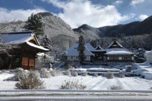 小布施町 ハウスホクサイ 冬の風景