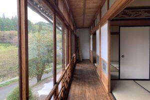 島根県 SANBESAPCE 2階縁側